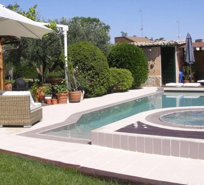 Piscina con spa integrado piscinas oscer - Piscina ajalvir ...
