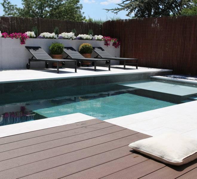 Diseño y construcción de piscina y jardín