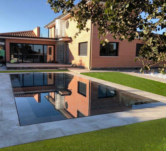 Construcción de piscina desbordante en Madrid