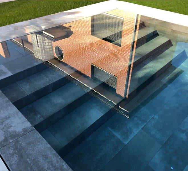 Escalera de piscina desbordante con rejilla invisible